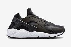 Nike Air Huarache – černé dámské boty, tenisky  #nike #nikeair #huarache #womens #tenisky #boty #sneakers #futuristic #futurism #black