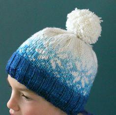 Vera Luna: A Frozen hat