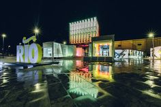 GTM Cenografia Uses Shipping Containers in Rio Olympic Pop-up Store for Nike,Courtesy of Nike