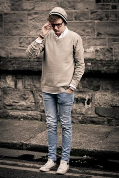 i just wanna give this guy a hug. he's so nicely dressed :) (i have no idea who this is) on http://brvndon.com