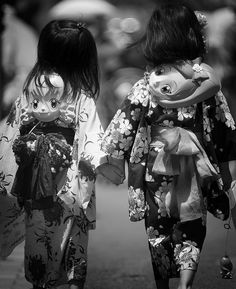 FRIENDS by ajpscs on Flickr.