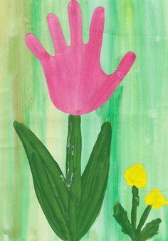 DIY obrázek: Jarní kytička z otisku dlaně