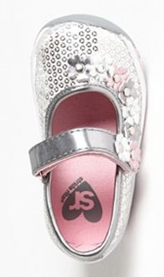 adorable mary jane baby shoes @Nordstrom http://rstyle.me/n/jndmmpdpe