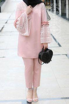 Trendy ideas fashion hijab casual bebe Source by fashion hijab Pakistani Fashion Casual, Pakistani Dresses Casual, Pakistani Dress Design, Abaya Fashion, Muslim Fashion, Modest Fashion, Fashion Dresses, Modest Dresses, Stylish Dresses