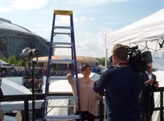 Werner at the Final Four: WFAA-TV report with the official ladder