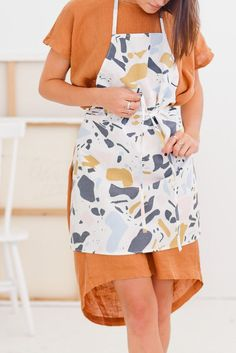Sew Easy: How to Sew an Apron in 10 Minutes
