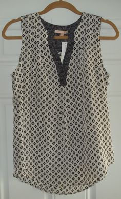 Skies are Blue Pacheco Ikat V-Neck Top. Nice print with pretty back detail, soft, comfortable and very lightweight