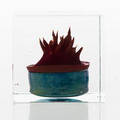 OIVA TOIKKA - Annual Cube for Nuutajärvi 1991, numbered 167/2000, Finland.  [h. 8 cm] Glass Design, Design Art, Lassi, Bukowski, New Pins, Modern Contemporary, Scandinavian, Cube, Glass Art