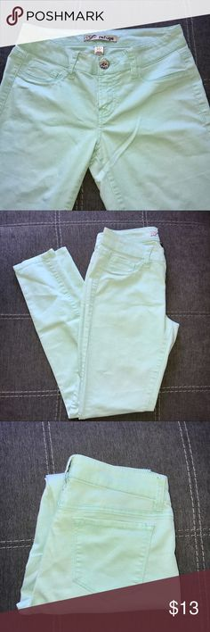Mint skinny jeans Measurements in the pictures refuge Jeans Skinny