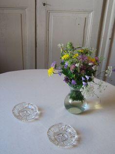 2 Cendriers en verre ciselé / Verre moulé pressé / Style rétro chic / Vintage…