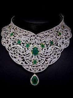 What Do You Think of This Emerald Choker? #Jewelry