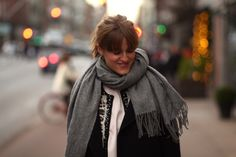 Brrr, it's cold outside! Cathrine Nissen from Rockpaperdresses is defeating the cold Danish winter with Modström's Mirror scarf.   Available on www.modstrom.com/da/mirror/grey-melange