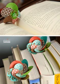 The best DIY projects & DIY ideas and tutorials: sewing, paper craft, DIY. DIY Gifts Ideas 2017 / 2018 paper flower bookmark - i love bookmarks -Read Handmade Flowers, Diy Flowers, Fabric Flowers, Paper Flowers, Flower Diy, Fun Crafts, Crafts For Kids, Arts And Crafts, Diy Paper