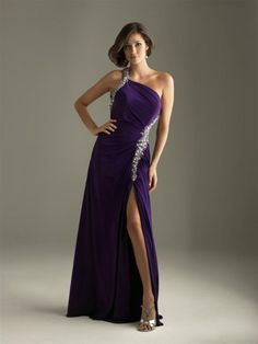 Love the dress..perfect color