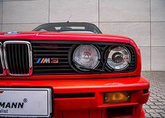 See all the pictures of our BMW restoration. Bmw E30 325, Bmw E36, Bmw E30 Convertible, Bmw E30 Coupe, Restoration, Muscle Cars, Wallpapers, Interior, Pictures