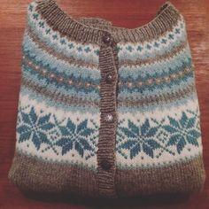Bilderesultat for nancy kofte Knitting Machine, Knitting Stitches, Chrochet, Crocheting, Tops, Fashion, Chopsticks, Ethnic, Knit Patterns