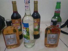 Whiskey Bottle, Vodka Bottle, Alcohol Aesthetic, Apple Logo Wallpaper Iphone, Beauty Make Up, Liquor, Food And Drink, Beer, Night Life