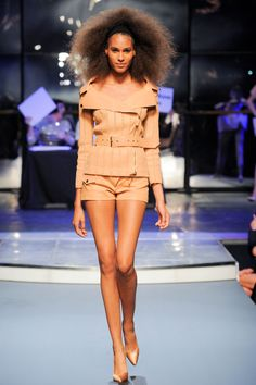 Jean Paul Gaultier Spring 2014 RTW - Runway Photos - Fashion Week - Runway, Fashion Shows and Collections - Vogue