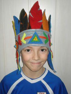 Couture d'une coiffe d'indien en feutrine
