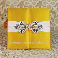 T252 --- 100% Handmade!!! Shining silk box wedding invitations