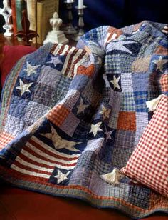 Cute patriotic quilt. I could use some of those old denim jeans and flannel shirts!