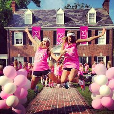 I want my future Bid Day picture to be like this!