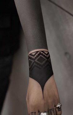 Forearm Band Tattoos, 3d Tattoos, Sleeve Tattoos, Painting Tattoo, Body Painting, Symmetrical Tattoo, Geometric Mandala, Blackwork, Piercings