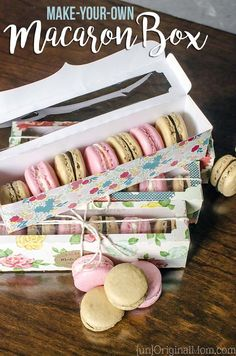 Tutorial & cut file to make your own macaron box with a Silhouette machine, perfect for gifting these beautiful little cookies to neighbors, teachers, or friends. Macaroon Packaging, Macaroon Box, Bakery Packaging, Box Packaging, Macarons, Macaron Cookies, How To Make Box, How To Make Cookies, Make Your Own
