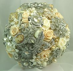 I need to get married again so I can have a vintage brooch bouquet ; )