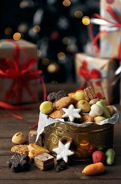 Christmas Cookies | Aisha Yusaf Photography