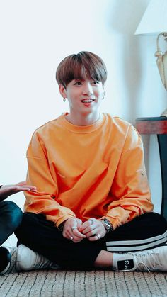 BTS - Jungkook added a new photo — with Anggreanita and 6 others. Bts Jungkook, Taehyung, Jung Kook, Foto Bts, Bts Photo, Playboy, Wattpad, About Bts, Bts Pictures