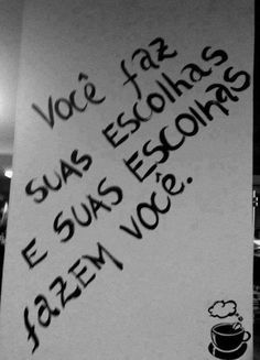 imagens com mensagens positivas Imagens com mensagens positivasImagens com mensagens positivas Crush Humor, Crush Quotes, Life Quotes, Crush Funny, Funny Quotes, Frases Para Tattoo, Motivational Phrases, Some Words, Funny People