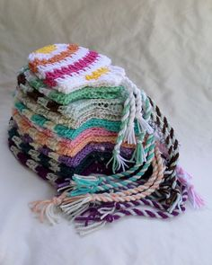 Doodles Hat -free crochet pattern-