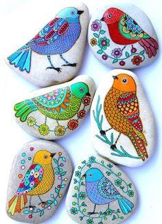 Steine bunt bemalen Vögel