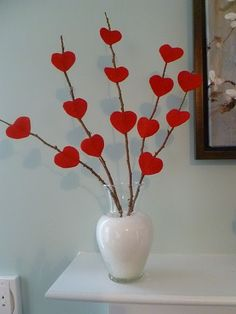 Awesome And Coolest DIY Valentines Decorations . valentines day ideas on the cheap valentines day decorations Awesome And Coolest DIY Valentines Decorations . Valentines Day Hearts, Valentine Day Crafts, Happy Valentines Day, Holiday Crafts, Kids Valentines, Homemade Valentines, Valentine Ideas, Valentine Heart, Diy Valentine's Day Decorations