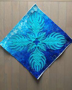 いいね!69件、コメント3件 ― ohanaohanaさん(@ohana_ohana_ss)のInstagramアカウント: 「ペタンコバッグになります〜お友達に大人気のファイルも入るバッグ。その中で1番人気なのがこのブルーのヤシの葉のデザインです最初にこの形にキルトしてから作ります。 #ミシンキルト…」