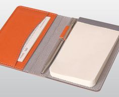 Arwey makes simple modern notebooks for numerous functions and they've just opened an e-shop with international shipping. Leather Notepad, Leather Journal, Leather Wallet, Notebook Case, Notebook Design, Stationery Pens, Stationery Design, Custom Folders, Leather Diary