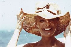 Romy in den Siebzigern Romy Schneider, Rock, Panama Hat, Cowboy Hats, Actors, People, Sissi, Women, Summer Vibes
