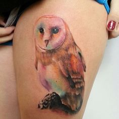 Owl watercolor tattoo on thigh Watercolor Owl Tattoos, Owl Watercolor, Tatoo Art, I Tattoo, Soft Tattoo, Lotus Tattoo, Chest Tattoo, Time Tattoos, Cool Tattoos