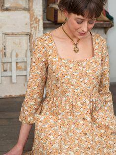 Mitzi Ladies Dress   April Cornell