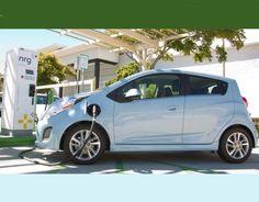 नई दिल्ली। अब एक ऎसी बैटरी आ चुकी है जिसके दम पर इलेक्ट्रिक कारें पेट्रोल और डीजल कारों को तगड़