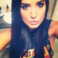 loves this make up