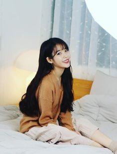 IU -180209 update #京東製薬 Cha Eun Woo, Korean Artist, My Princess, K Idols, Korean Singer, Role Models, Korean Girl, Kpop Girls, Ulzzang