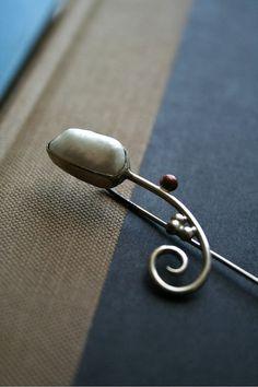Pearl stick pin