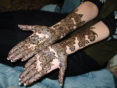 New Stylish & Perfect Mehndi/henna Designs Collection Easy to Try for weddings and parties | StylesGap.com