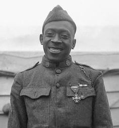 American Patriot. WW1 Sgt. Henry Johnson, finally receives the US Medal of Honor, posthumously. Thank you for your service, sir. Beautiful photo. http://www.nbcnews.com/news/us-news/wwi-harlem-hellfighter-receive-medal-honor-n359831