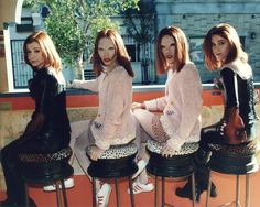 Alyson Hannigan and her stunt doubles from 'Doppelgängland'