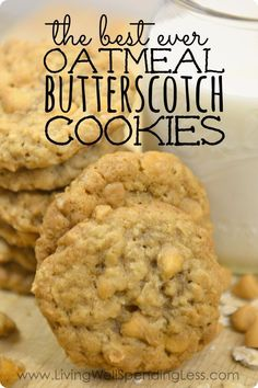 Best Ever Oatmeal Butterscotch Cookies: Love homemade cookies but don't always have time for baking? These oh-so-yummy oatmeal butterscotch cookies freeze beautifully and taste just as good straight out of the freezer as straight out of the oven! Oatmeal Butterscotch Cookies, Best Oatmeal Cookies, Oatmeal Cookie Recipes, Butterscotch Chips, Fall Cookie Recipes, Oatmeal Cake, Cookie Ideas, Köstliche Desserts, Peanut Butter