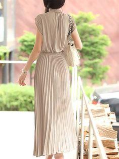 Pleated A-line Sleeveless Work Solid Midi Dress