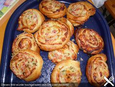 Pizzataler mit  Schinken, Lauch, Creme Fraiche, ein sehr leckeres Rezept aus der Kategorie Fingerfood. Bewertungen: 86. Durchschnitt: Ø 4,4.
